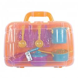 Детский набор посуды в пластиковом чемодане