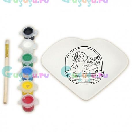 Детский творческий набор для росписи красками керамической тарелки: Сердце