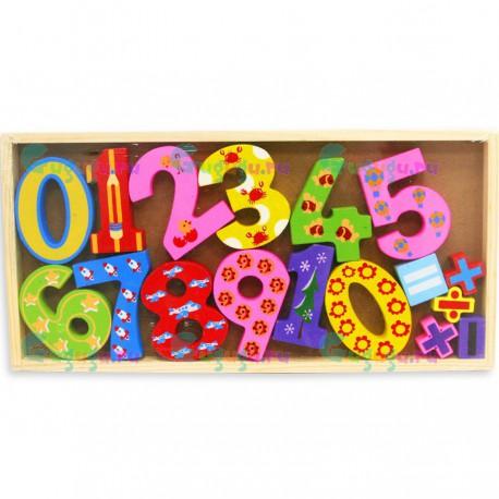 Деревянные цифры и математические знаки - развивающая детская деревянная игрушка