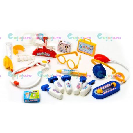 Детский игровой набор доктора Маленький Доктор в пластиковом чемоданчике