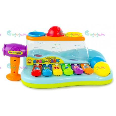 Развивающая музыкальная игрушка Ксилофон Бряк-Звяк поможет малышу выучить буквы, цифры и цвета. Доставка по всей России