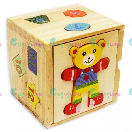 Развивающая деревянная игрушка кубик-сортер Мишка с 12 яркими цветными фигурками пронумерованными от 1 до 12-ти