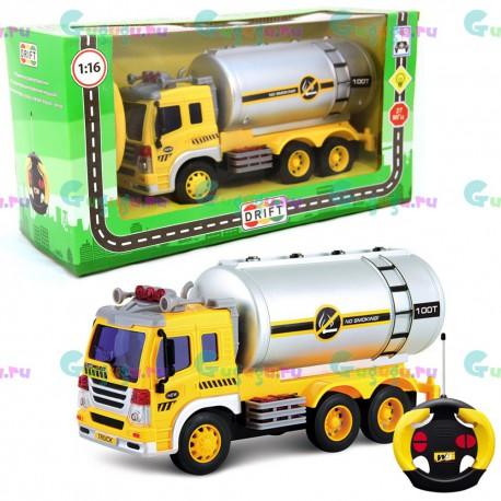 Детский интерактивный грузовик-бензовоз на радиоуправлении с фрикционным механизмом (1:16). Доставка по всей России